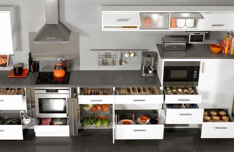Những phụ kiện tủ bếp phải có cho nội thất phòng bếp gia đình