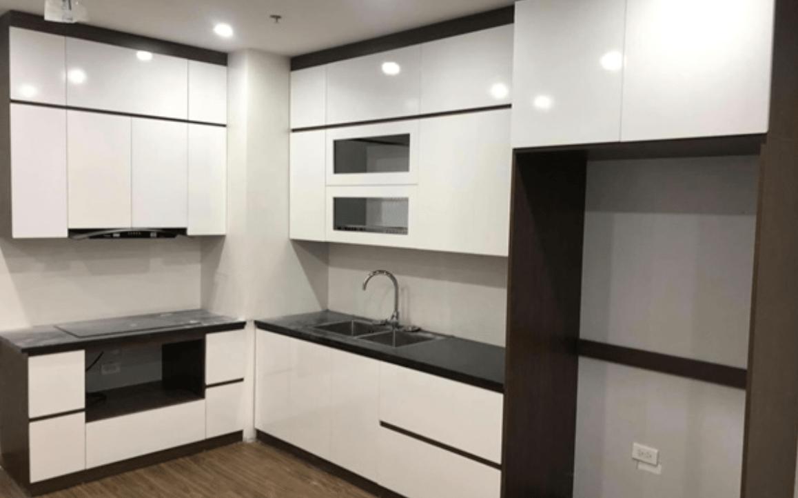 Có nên đóng tủ bếp gỗ công nghiệp cho nhà mới?