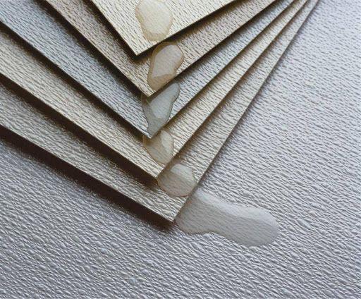 Tấm dán Vinyl: Vật liệu trang trí tường và nội thất phòng bếp giá rẻ