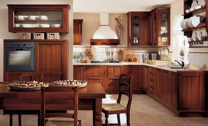 Nên lựa chọn gỗ bếp công nghiệp hay gỗ tự nhiên?