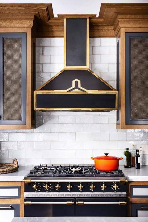 Cập nhật xu hướng tủ bếp lưới kim loại cho những căn bếp ấn tượng