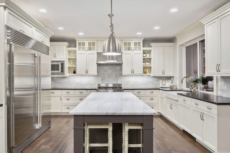 Tại sao nên chọn đá ốp bàn bếp cho không gian nội trợ?