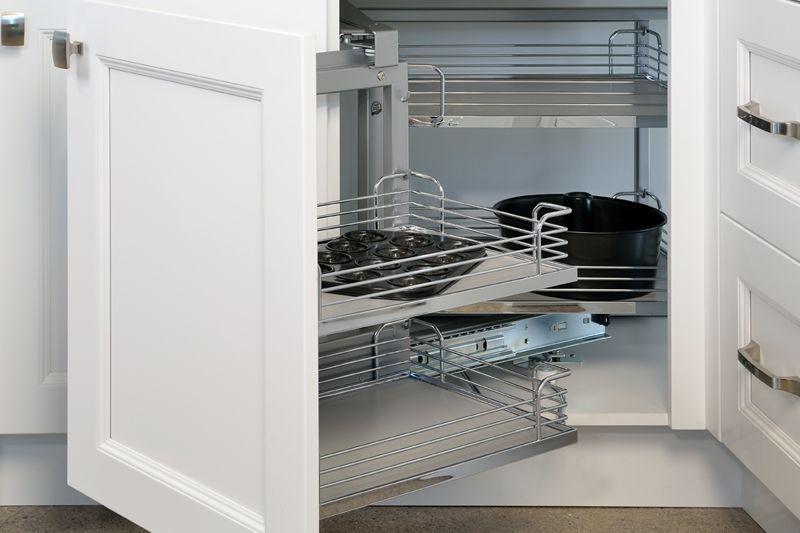 Giá góc tủ bếp là gì?