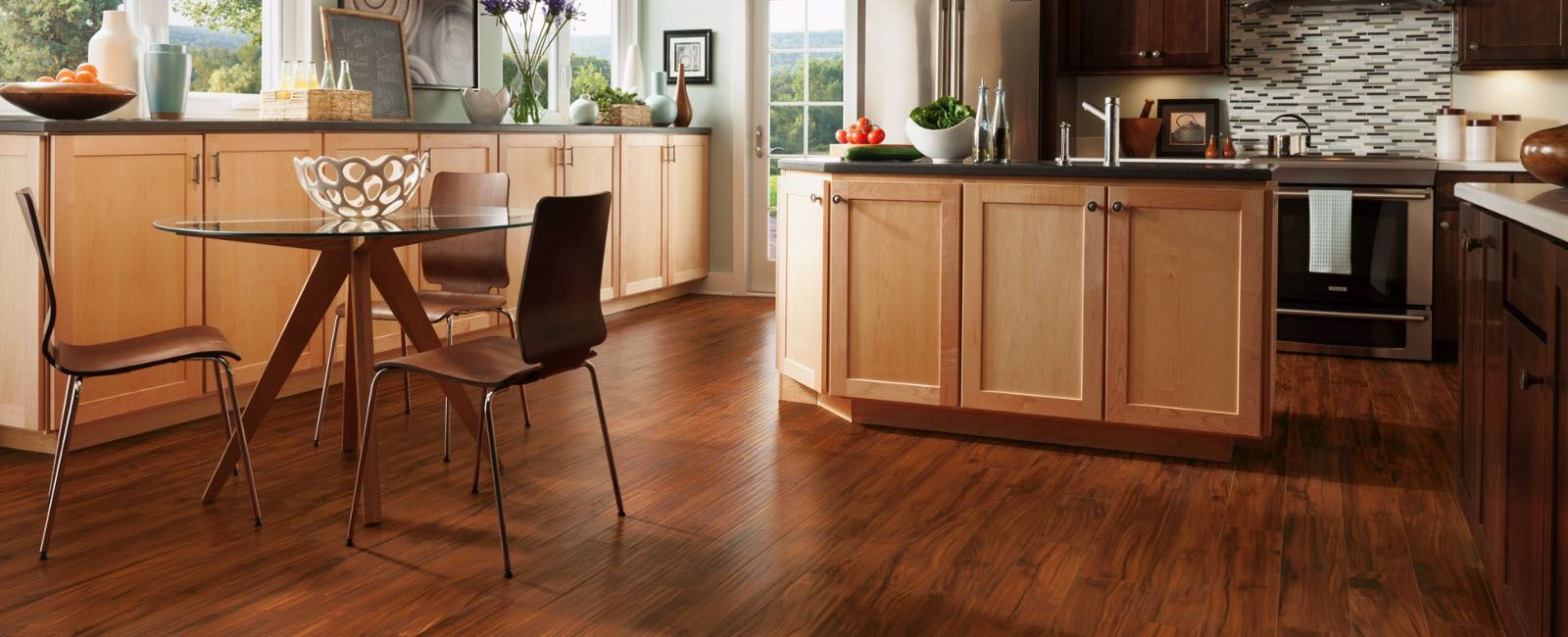Có những loại sàn nhựa nào lát phòng bếp?