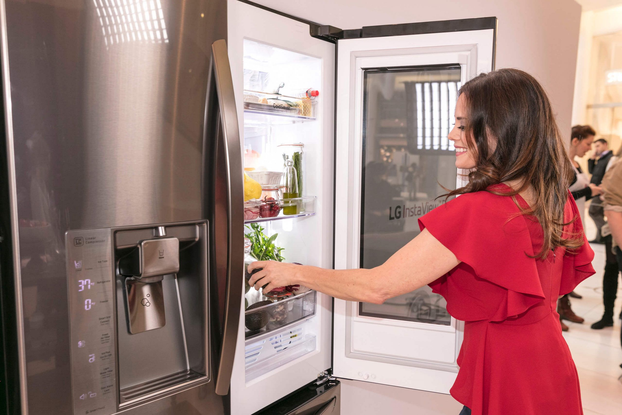 Lý do làm bong tróc lớp sơn tủ lạnh bạn cần biết