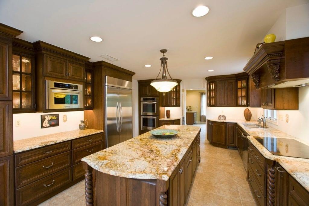 Đá bếp và cách lựa chọn vật liệu đá cho không gian bếp