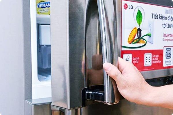 Cách khắc phục cánh cửa tủ lạnh bị hở bạn nên biết