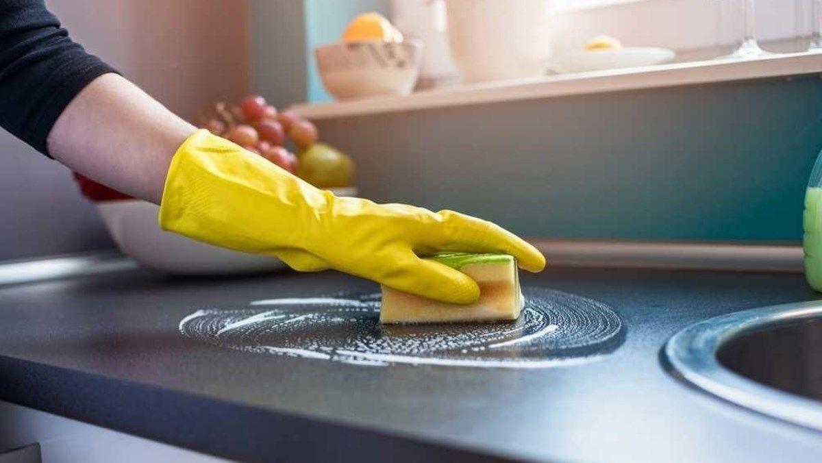 Chia sẻ kinh nghiệm loại bỏ vết bẩn cứng đầu trên vật dụng nhà bếp